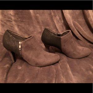 Dexflex comfort grey booties